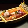 Bateau sushi avec entrée