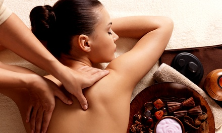 $36for 60-Minute Massage at Complete Wellness Chiropractic & Weight Loss ($80 Value)