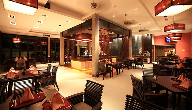 5* Hilltop Hotel in Patong 3
