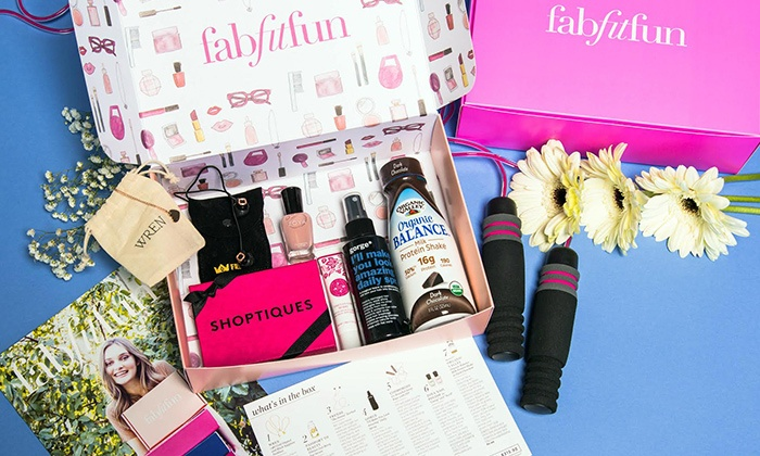 FabFitFun: FabFitFun Welcome Box Bundle ($99.97 Value)