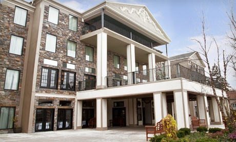 Elegant Boutique Spa Hotel near Niagara Falls