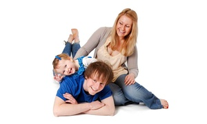 IMAGE SOLUTIONS PHOTOGRAPHY: Family Photoshoot for £14 at Image Solutions Photography (92% Off)