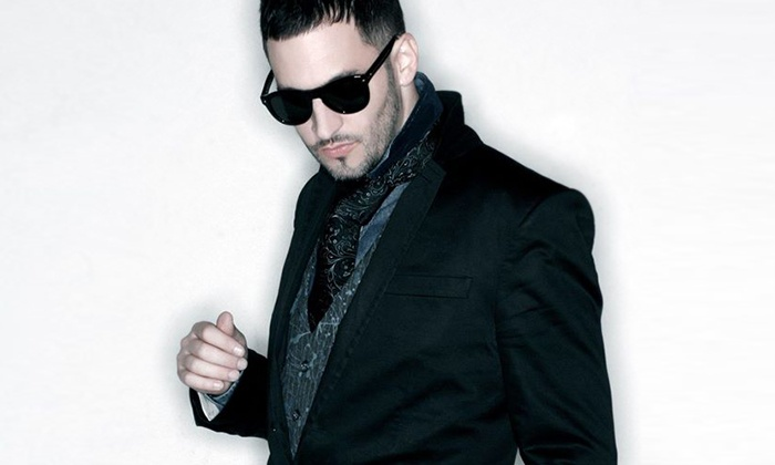 Jon B. for the Holidays - Label Charlotte : Jon B. for the Holidays on Friday, December 11, at 10 p.m.