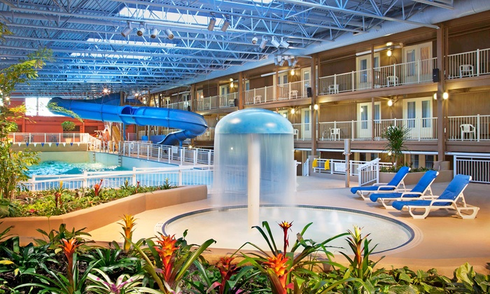 Ottawa Hotel with Indoor Water Park
