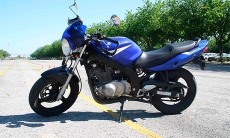 Curso con prácticas para obtener el carné AM por 19,95 €, de moto A2 por 29,95 € o de moto A por 39,95 €