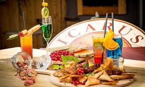 Icarus Cafe: Cocktail-Tasting mit 6 Cocktails inkl. Wasser & Fingerfood für 1 oder 2 Personen im Icarus Cafe ab 27 €