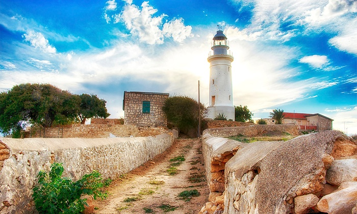 """אופק נסיעות תיירות ונופש: סופ""""ש טיול ג'יפים מאורגן בקפריסין: 3 ימים מלאים על בסיס חצי פנסיון, כולל טיסות, ג'יפים, מלונות, מדריך ועוד, מ-€559 לאדם!"""