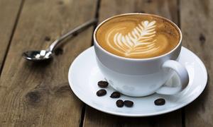 kociarnia kocia kawiarnia: Nuta kociej słodyczy: 16,99 zł za groupon wart 25 zł do wydania na napoje z menu w kociej kawiarni Kociarnia (do -35%)