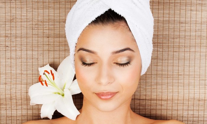 Bodyology Center - Central Business District: Oxygen-Infusion Facials at Bodyology Center (Up to 68% Off). Two Options Available.