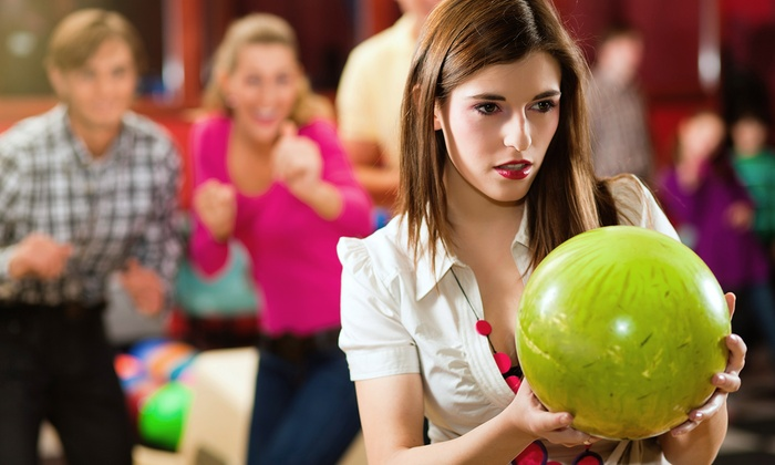 Z Strike Bowling - The Downtown Loop: $43 for Two Hours of Bowling with Shoe Rentals for Up to Six and Pizza at Z Strike Bowling (Up to $79.95 Value)