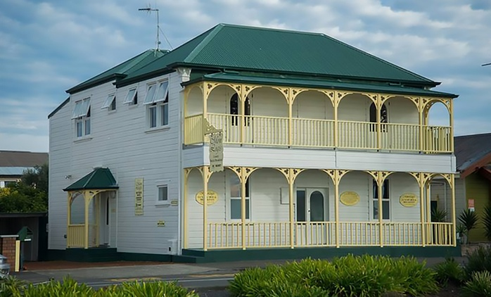 Napier: From $195 for a Two-Night Seaside Escape with a French-Style Gourmet Breakfast and WiFi at Mon Logis