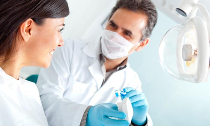 Medical Institute - MEDICAL INSTITUTE: Pulizia dei denti con otturazione e sbiancamento LED da 29 € invece di 150