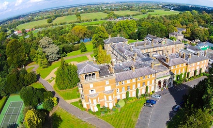Surrey: 1 or 2Night Stay for Two with Breakfast, Dinner and optional Prosecco at 4* Oatlands Park Hotel