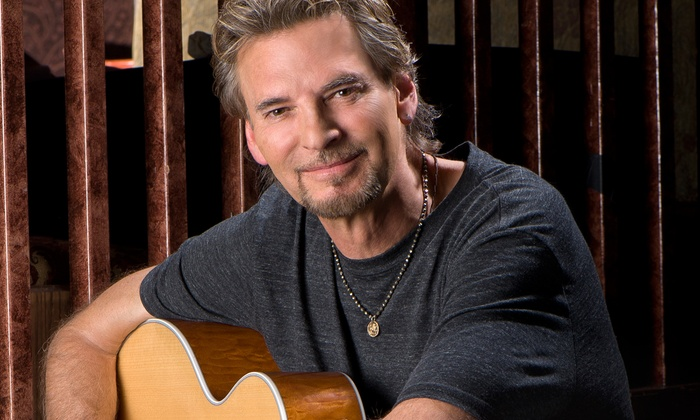 Kenny Loggins - Portsmouth Pavilion: Kenny Loggins at nTelos Wireless Pavilion on Saturday, August 16, at 8 p.m. (Up to 44% Off)