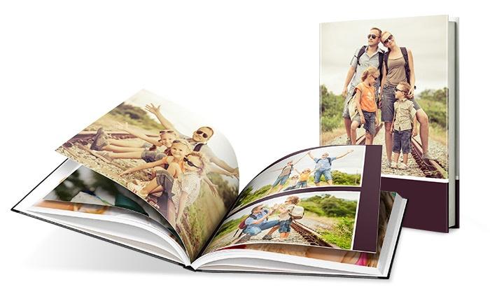 livre photo classic a4 au format portrait avec couverture rigide groupon. Black Bedroom Furniture Sets. Home Design Ideas