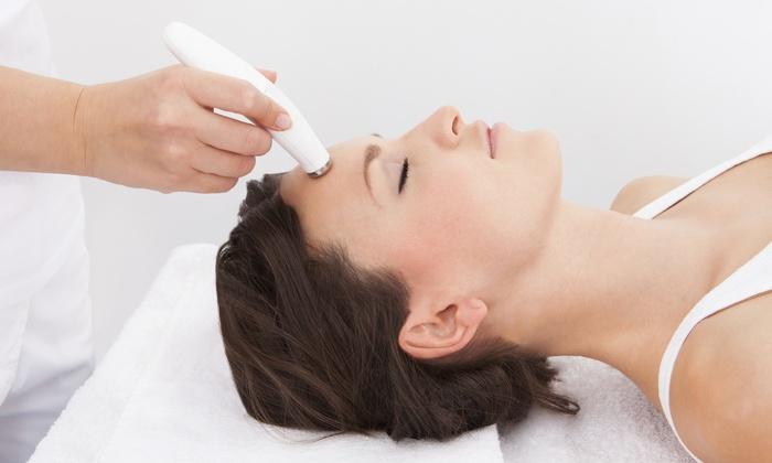Nail Art Blossom Hill - Miner: One or Three Micro-Phototherapy Facial Treatments at Nail Art Blossom Hill (Up to 56% Off)
