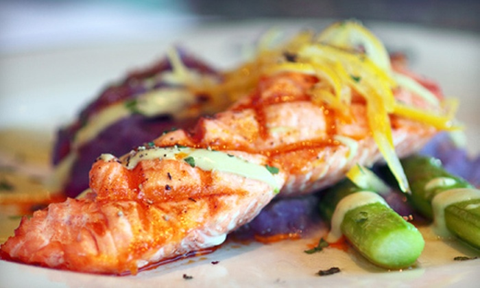 Acquabar Bistro and Lounge - Belltown: Seafood and American Fare for Dinner at Acquabar Bistro and Lounge or Lunch at Acquabar Café (Half Off)