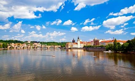 Praga: 2-5 dni dla 2 osób ze śniadaniami, parkingiem i internetem w opcji z powitalną obiadokolacją w Hotelu Svornost 3*