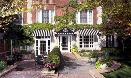 ga-bk-top-secret-chicago-lakevw-hotel #1