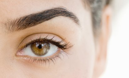 One <strong>Eyebrow</strong>- or Full-Face <strong>Threading</strong> Session at LIPSTICK Beauty Salon (Up to 50% Off)