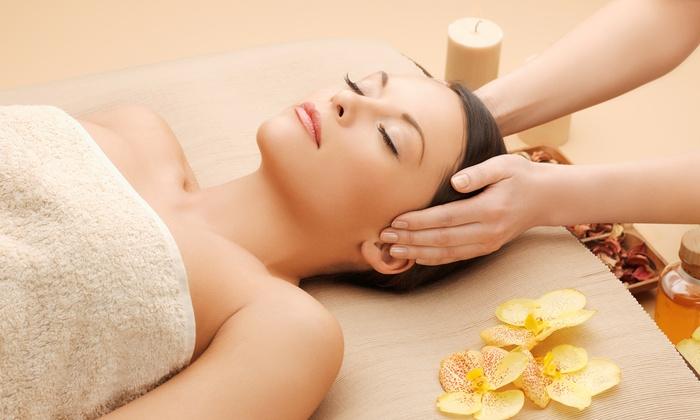 Hautlounge - Hautlounge: 60 Min. Basis-Gesichtsbehandlung inkl. Massage mit Serum, opt. mit Maniküre, in der Hautlounge (bis zu 56% sparen*)