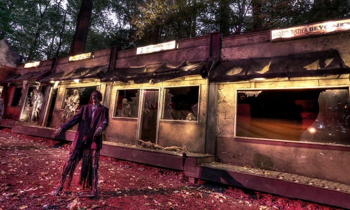 Bates Motel and Haunted Hayride: Award-Winning Haunted House Visit at Bates Motel and Haunted Hayride featured on Travel Channel (Up to 25% Off)