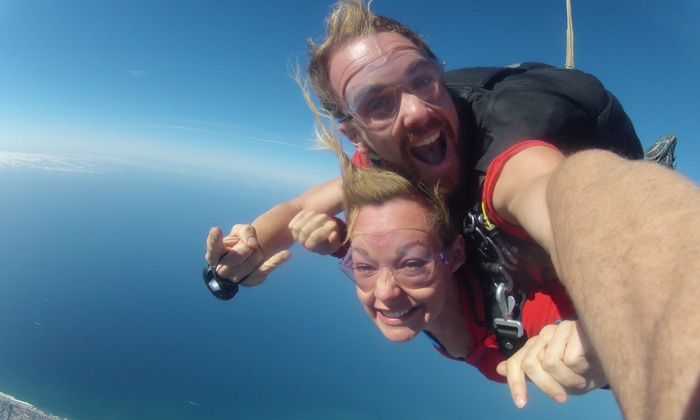 GoJump Oceanside - Oceanside: One Tandem Skydiving Jump from GoJump Oceanside (Up to 51% Off). Two Options Available.