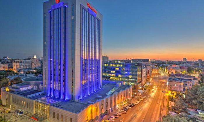 """ישראייר: חופשה בבוקרשט, כולל סופ""""ש: טיסות, העברות ו-2/3 לילות במלון Sheraton המומלץ על בסיס לינה וארוחת בוקר, החל מ-$259 לאדם!"""