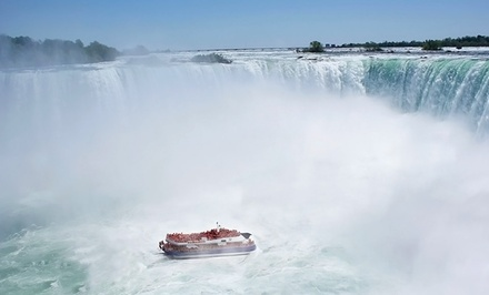 Stay w/ Breakfast, Dining Credit, and Winery Tour at Courtyard by Marriott Niagara Falls in Ontario; Dates into January