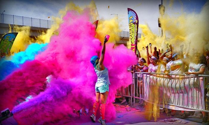 The Colorful 5K Graffiti Run - Indiana State Fairgrounds: $25 for Entry to The Colorful 5K Graffiti Run on April 30 ($50Value)