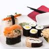 Sushi-Mittagsmenü mit Getränk