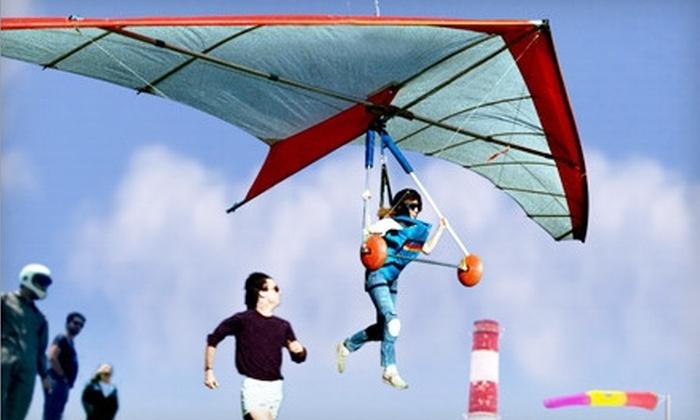 Windsports Soaring Center - El Segundo: Weekday or Weekend Full-Beach Hang-Gliding Lesson at Windsports Soaring Center (Half Off)