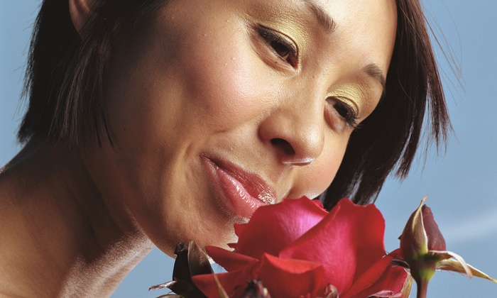 Red Rose Wellness - Jefferson Westside: Seven Life-Coaching Sessions or Four 60-Minute Reiki Sessions at Red Rose Wellness (Half Off)