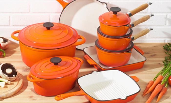 Groupon Goods Global GmbH: Cast Iron Cookware: Choice of Pots from £17.99 With Free Delivery (Up to 70% Off)