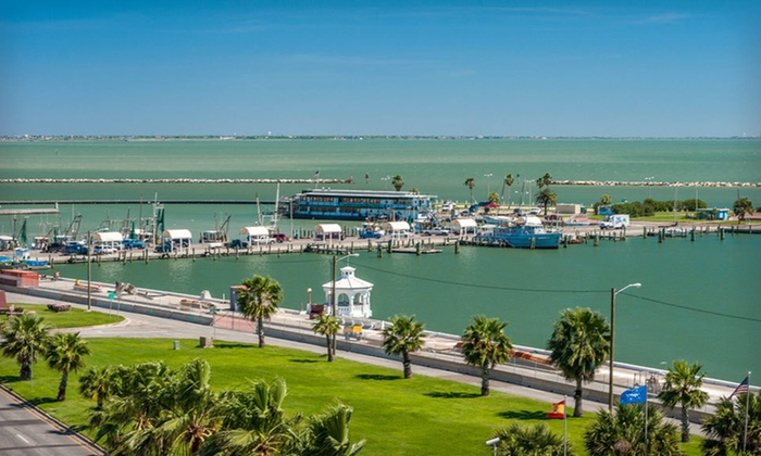 Best Western Marina Grand - Corpus Christi, TX: One- or Two-Night Stay with Appetizer and Two Drinks at Best Western Marina Grand in Corpus Christi, TX