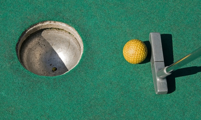 Stone Mountain Family Fun Center - Raisin: $15 for Four Rounds of Mini Golf at Stone Mountain Family Fun Center in Tecumseh (Up to $30 Value)