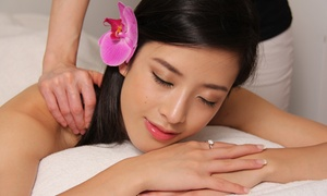 Y Y Beauty Spa: 75-Minute Ultrasonic Facials with Collagen Mask and Hot-Stone Massage at YY Beauty Spa (Up to 66% Off)