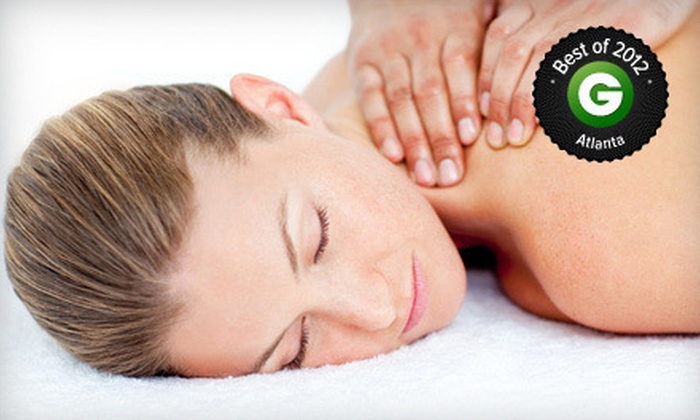 HealthSource Chiropractic - Multiple Locations: $25 for a One-Hour Massage at HealthSource Chiropractic ($110 Value) with Chiropractic Consultation