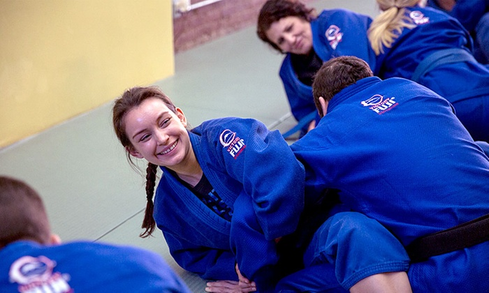 Brooklyn Brazilian Jiu Jitsu - Brooklyn Brazilian Jiu Jitsu: One Private Lesson and Beginner Jiu-Jitsu Classes with Uniform at Brooklyn Brazilian Jiu Jitsu  (Up to 72% Off)
