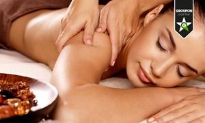 Centro Aesthetic Club: 3 o 5 massaggi a scelta (sconto fino a 76%)