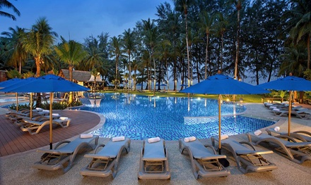 Thailand, Khao Lak: 3 to 10 Nights of Tropical Getaway with Breakfast and Optional Transfers at Manathai Khao Lak