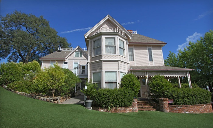 Power's Mansion Inn - Auburn, CA: One- or Two-Night Stay at Power's Mansion Inn in Auburn, CA
