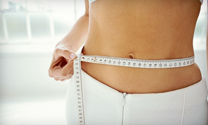 Physicians Weight Loss Centers - Bicentennial Estates: Eight-Week Weight-Loss Program or Four or Eight Vitamin B12 Injections at Physicians Weight Loss Centers (Up to 77% Off)