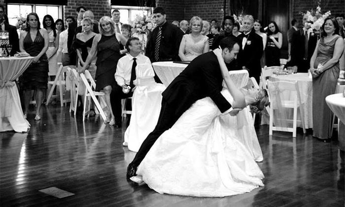 Salón de Baile Dance Studio - Oakdale: Wedding-Dance Package, or One Month of Ballroom-Dance Classes at Salón de Baile Dance Studio (Up to 50% Off)
