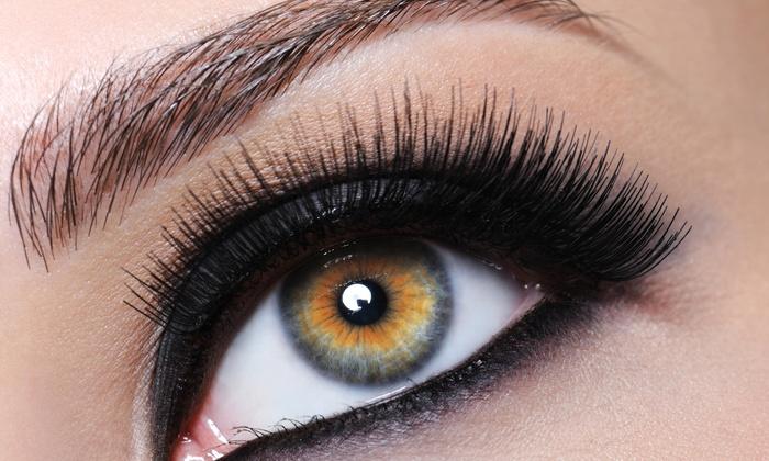 Beauty luxe salon - Beauty luxe salon: Full Set of Eyelash Extensions at Beauty Luxe Salon (45% Off)