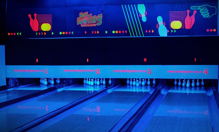 Desde $129 por 2 líneas de bowling + pizza grande + cerveza de litro o gaseosas en New Bowling