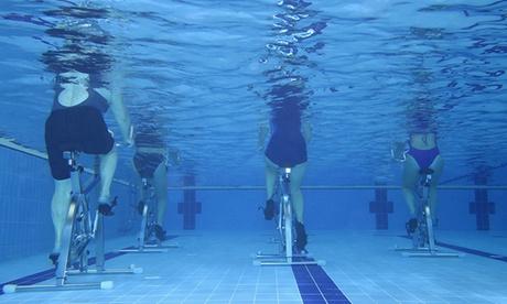 1 ou  3 séances d'aquabike en piscine coachéesdès 18 € au Centre La Ligne