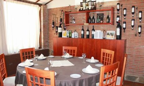 Menú para 2 personas con principal, postre, bebida y café desde 29,95 € en El Reservado