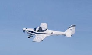 Aerocean: 30 min de vol d'initiation au pilotage d'un avion avec prise de commande et remise d'un certificat à 119 € avec Aerocean