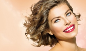 Nails & Spa: Permanent-Make-up-Behandlung für Wimpern, Augenbrauen oder Lippenkontur bei Nails & Spa ab 89 €
